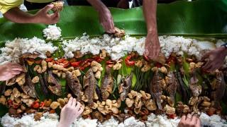 El tacto y el placer de comer con las manos - La Receta Dispersa - DelSol 99.5 FM