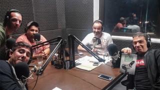 """Bassorelli presentó su libro """"Son todos una manga de periodistas deportivos"""" - Entrevistas - DelSol 99.5 FM"""