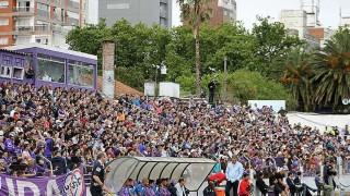 """Mitos del fútbol urugayo: """"Defensor juega mejor por el lado donde están sus hinchas"""" - Informes - DelSol 99.5 FM"""