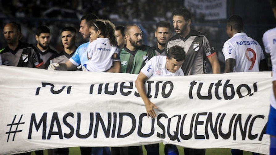 Más hundidos que nunca y Las Chochudas - Darwin - Columna Deportiva - No Toquen Nada   DelSol 99.5 FM