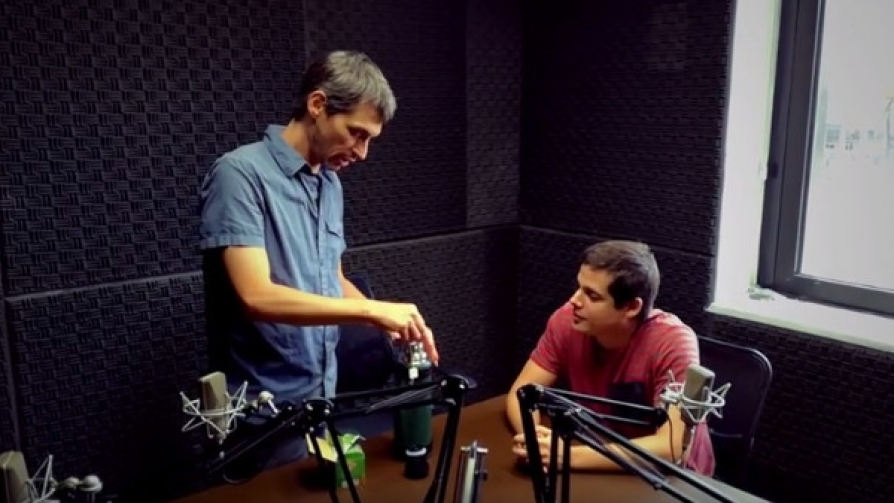 Los dilemas de Joel antes del lanzamiento - Promos - Nosotros | DelSol 99.5 FM