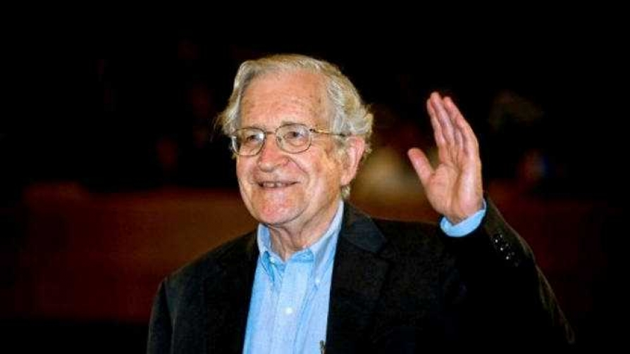 Chomsky, segunda parte - Cacho de cultura - La Mesa de los Galanes | DelSol 99.5 FM