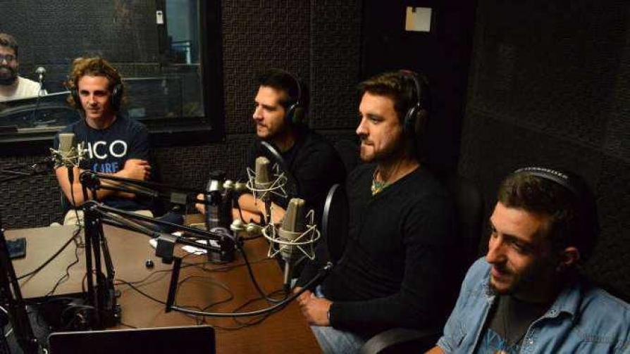Requinto Rock - Arriba los que escuchan - Cambio & Fuera | DelSol 99.5 FM