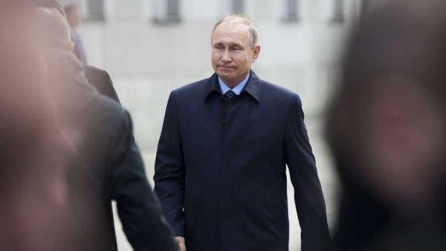 Darwin defendió el líquido verde de Putin - Columna de Darwin - No Toquen Nada | DelSol 99.5 FM