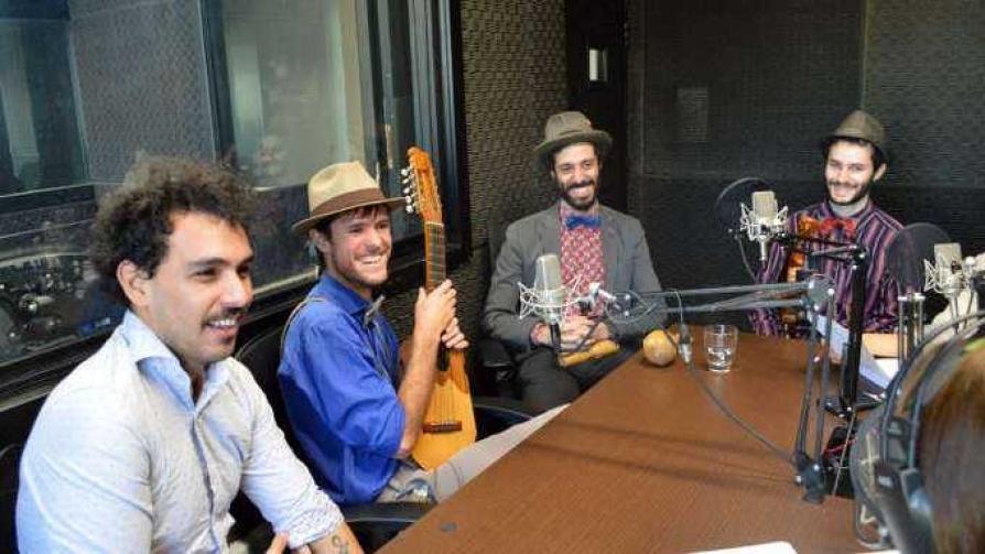"""Un cuarteto que le canta """"muy de cerca"""" al amor - Historias Máximas - Quién te Dice   DelSol 99.5 FM"""
