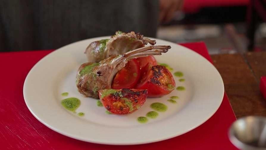 Martín Schwedt cocina: rack de cordero - Gourmet - Videos | DelSol 99.5 FM