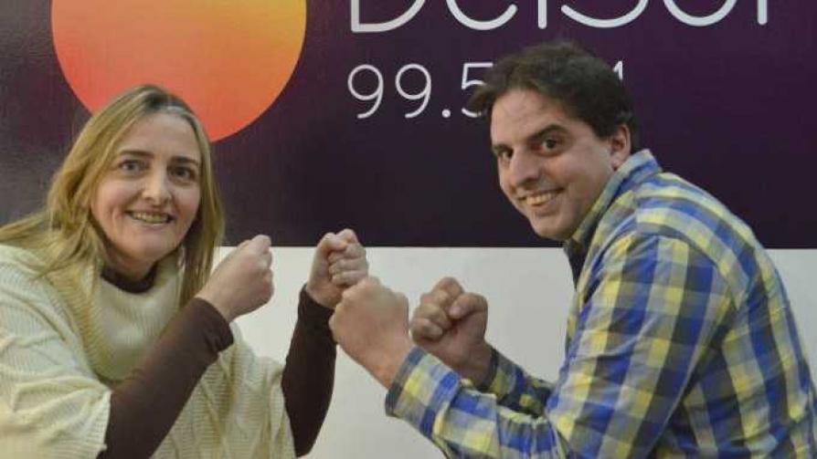 Un difícil mano a mano - La batalla de los DJ - La Mesa de los Galanes   DelSol 99.5 FM