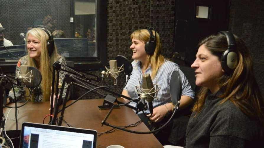 La fiesta de cuatro comediantes - Audios - Cambio & Fuera | DelSol 99.5 FM