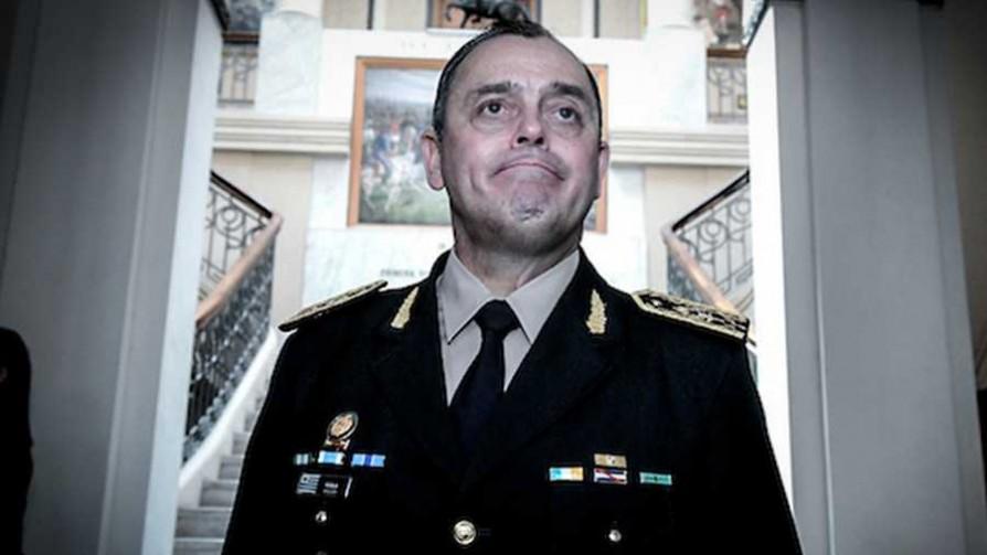Polémicas declaraciones del nuevo comandante en jefe del Ejército - Titulares y suplentes - La Mesa de los Galanes | DelSol 99.5 FM