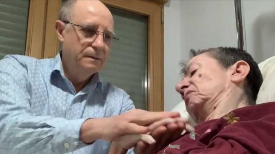El debate de la eutanasia en España - Carolina Domínguez - Doble Click | DelSol 99.5 FM