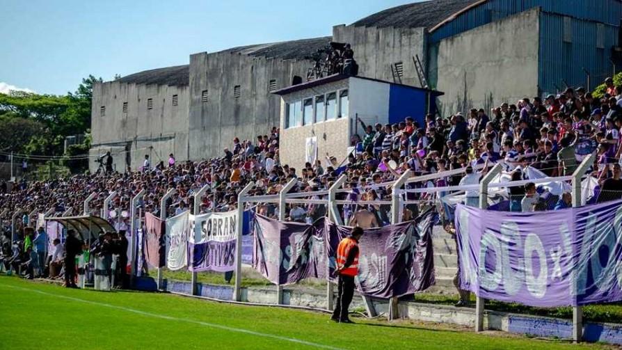 Fénix será local ante un grande en Capurro por primera vez en su historia - Informes - 13a0 | DelSol 99.5 FM