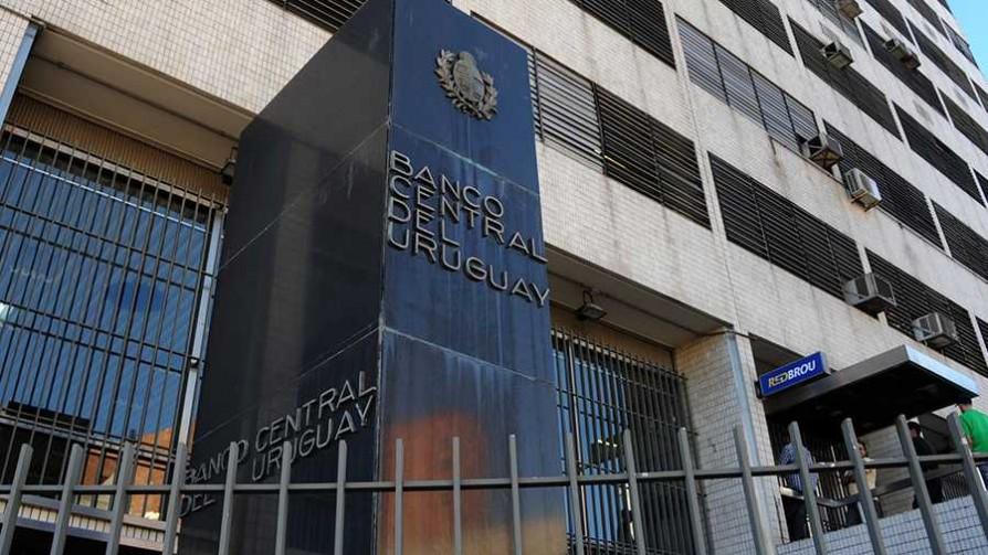 ¿El PBI uruguayo está inflado? - Cociente animal - Facil Desviarse | DelSol 99.5 FM