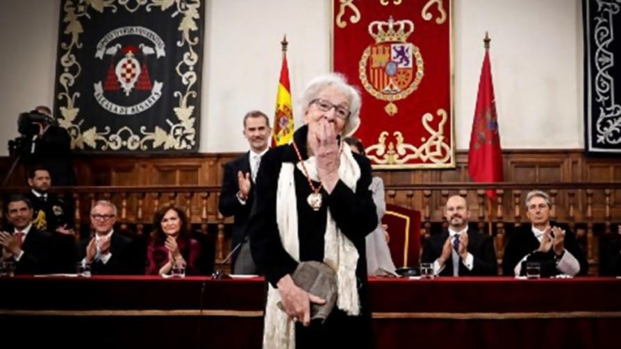 La entrega del Premio Cervantes a Ida Vitale  - Titulares y suplentes - La Mesa de los Galanes | DelSol 99.5 FM