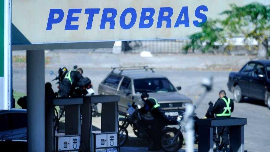 """""""Las medidas de los trabajadores aceleraron la decisión de Petrobrás"""", según Añón - Entrevistas - Doble Click   DelSol 99.5 FM"""