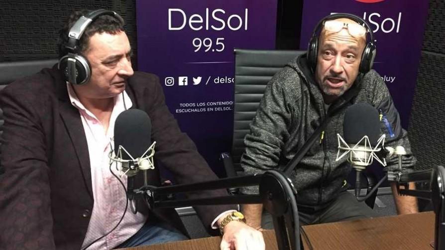 Yesty Prieto y Rolando Paz visitan La Moto del Toto - La moto del Toto - Locos x el Fútbol | DelSol 99.5 FM