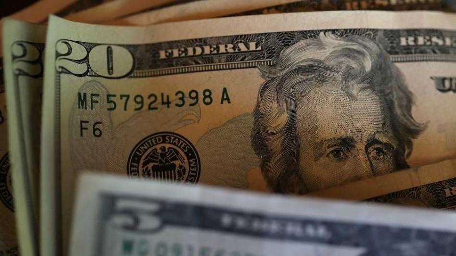 Aumento del dólar: perdedores inmediatos y ganadores diferidos - Entrevistas - No Toquen Nada | DelSol 99.5 FM