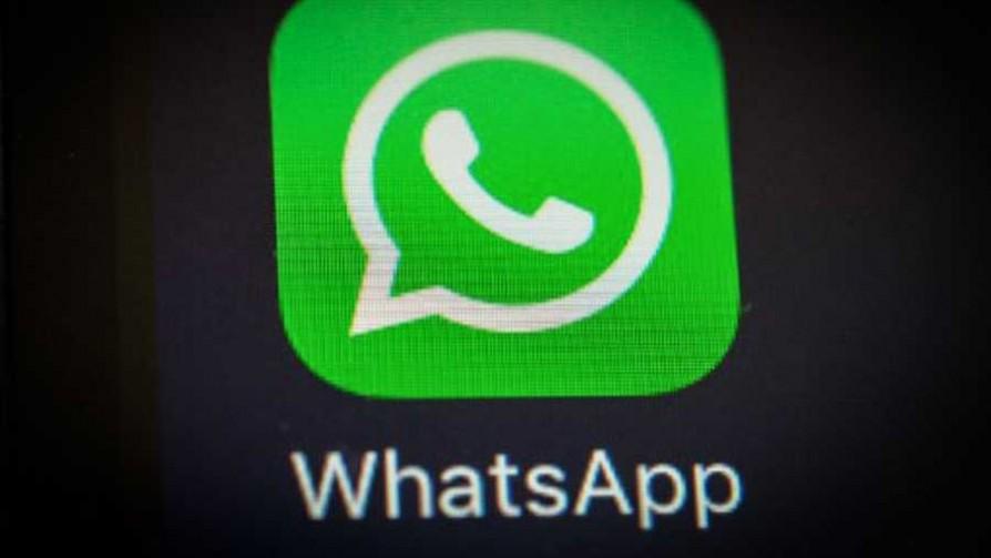 ¿El WhatsApp de quién les gustaría chusmear?  - Sobremesa - La Mesa de los Galanes | DelSol 99.5 FM