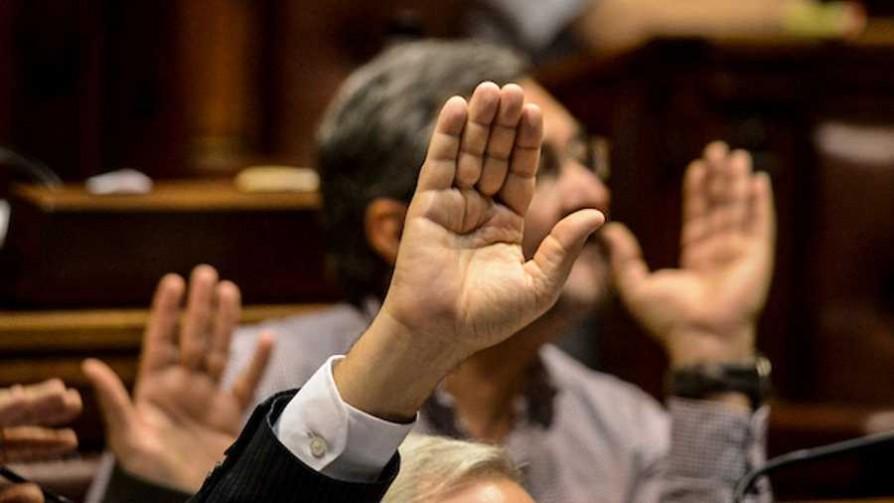 Diputados aprobó la reforma de la Ley Orgánica Militar  - Titulares y suplentes - La Mesa de los Galanes | DelSol 99.5 FM