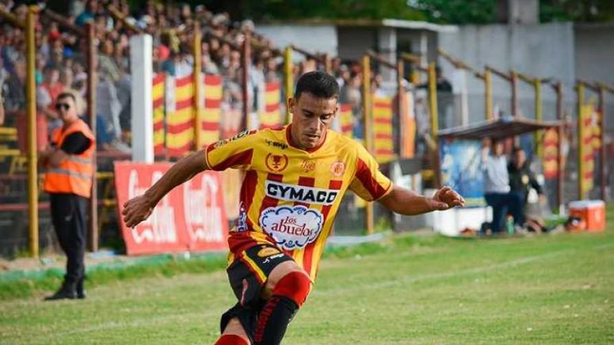 Mucho Gusto: Esteban González - Informes - 13a0 | DelSol 99.5 FM