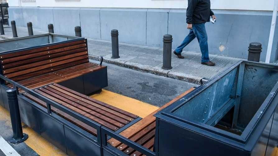 Estaciones de descanso de Plaza Zabala, el nuevo Corredor Garzón de la IM - Columna de Darwin - No Toquen Nada   DelSol 99.5 FM