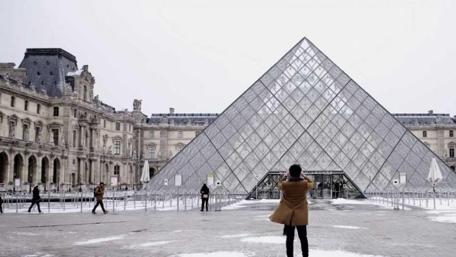 París y sus clichés - Tasa de embarque - Quién te Dice | DelSol 99.5 FM