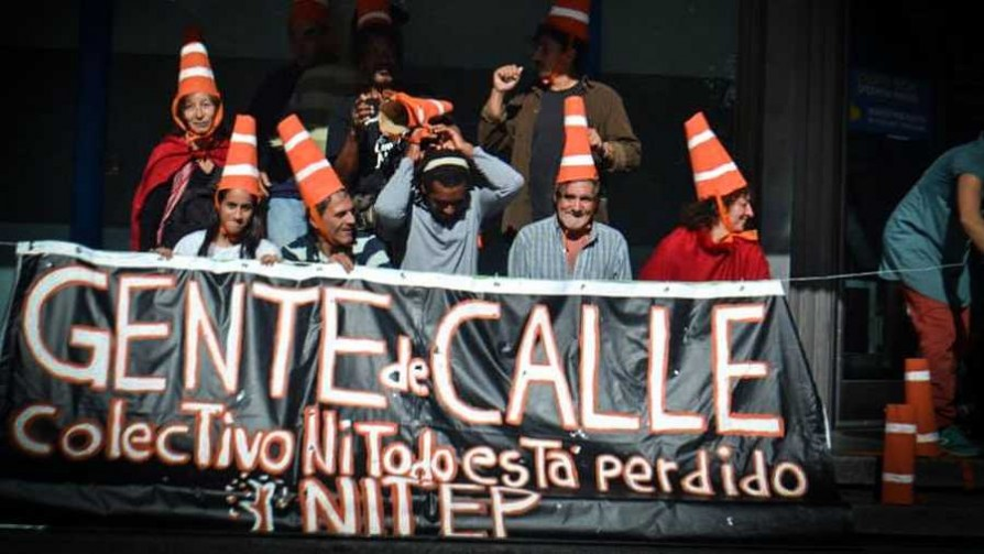 """Ni todo está perdido"": gente de calle organizada - Entrevista central - Facil Desviarse | DelSol 99.5 FM"