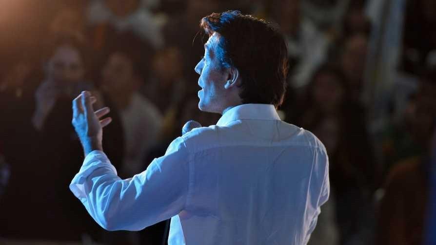 Darwin vende servicio de encuestas mexicanas y las 15 fake news sobre Sartori - Columna de Darwin - No Toquen Nada | DelSol 99.5 FM