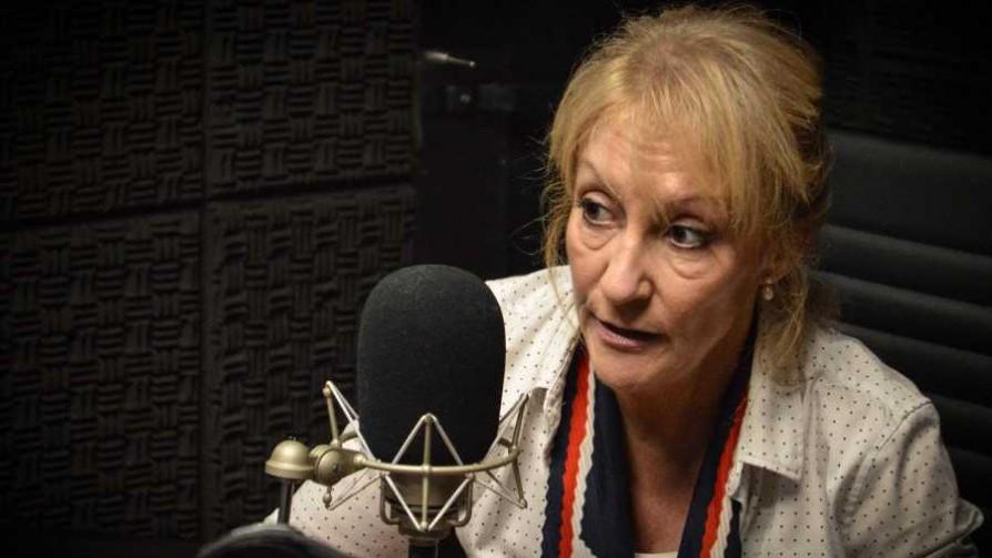 Verdadero o Falso con Carolina Cosse (o algo parecido) - Zona ludica - Facil Desviarse | DelSol 99.5 FM
