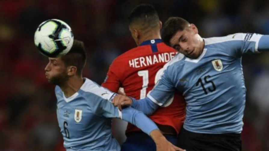 Uruguay 1 - 0 Chile - Replay - 13a0 | DelSol 99.5 FM