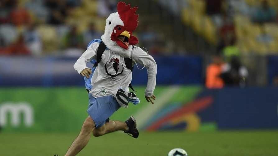 El pollo que cambió el partido con Chile y la fuga de Morabitto - Columna de Darwin - No Toquen Nada | DelSol 99.5 FM