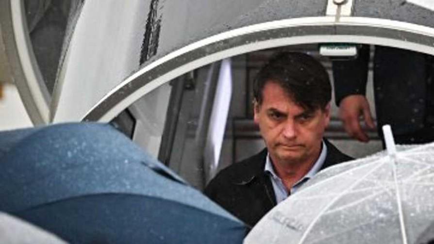 Militar brasileño detenido con 39 kilos de cocaína salpica viaje de Bolsonaro - Titulares y suplentes - La Mesa de los Galanes   DelSol 99.5 FM