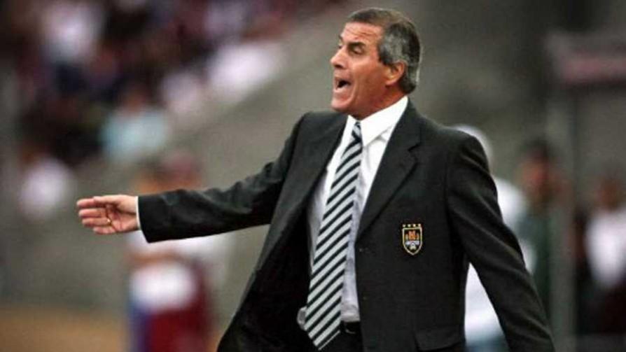 El debut de Tabárez como entrenador de la selección y el negro Claudio en La Soñada - Martínez, preguntas de mier** - La Mesa de los Galanes   DelSol 99.5 FM