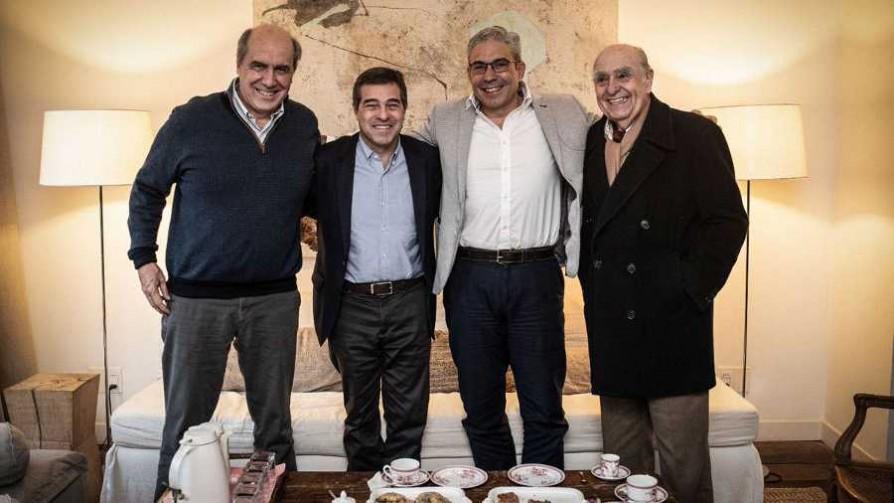 Ernesto Talvi anunció que ofreció la vicepresidencia a Robert Silva - Titulares y suplentes - La Mesa de los Galanes | DelSol 99.5 FM