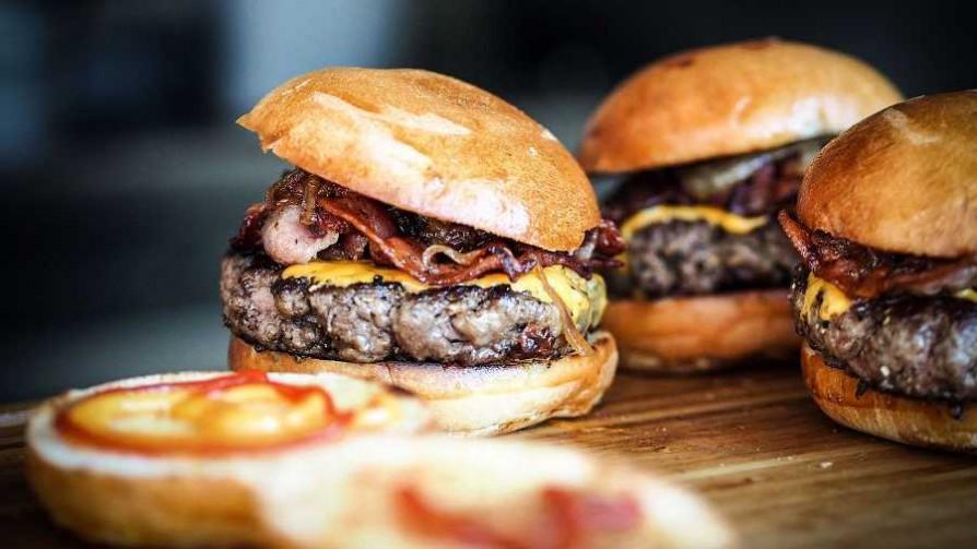 ¿Cómo sería el carro de hamburguesas y chorizos ideal?  - Sobremesa - La Mesa de los Galanes | DelSol 99.5 FM