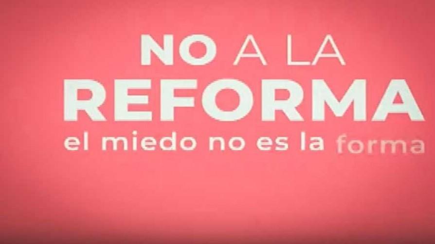 """""""No a la reforma"""": el mensaje contra la campaña """"Vivir sin Miedo"""" - Titulares y suplentes - La Mesa de los Galanes   DelSol 99.5 FM"""