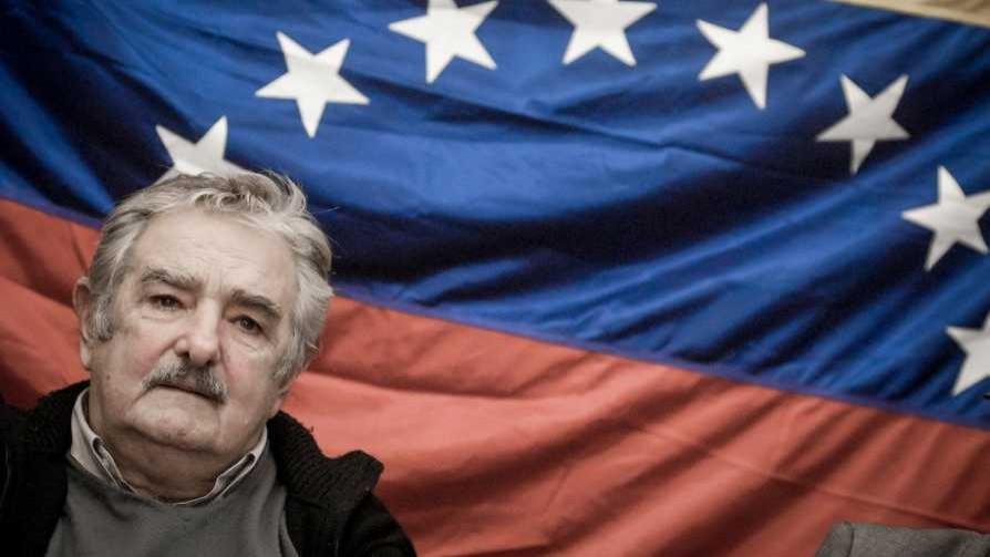 Líderes del FA definen a Venezuela como dictadura , ¿qué decían antes? - Entrevistas - Doble Click | DelSol 99.5 FM