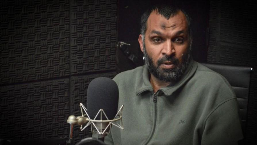 La historia de Mohammed, expreso de Guantánamo con esposa e hijos que busca trabajo en Uruguay - Entrevista central - Facil Desviarse | DelSol 99.5 FM