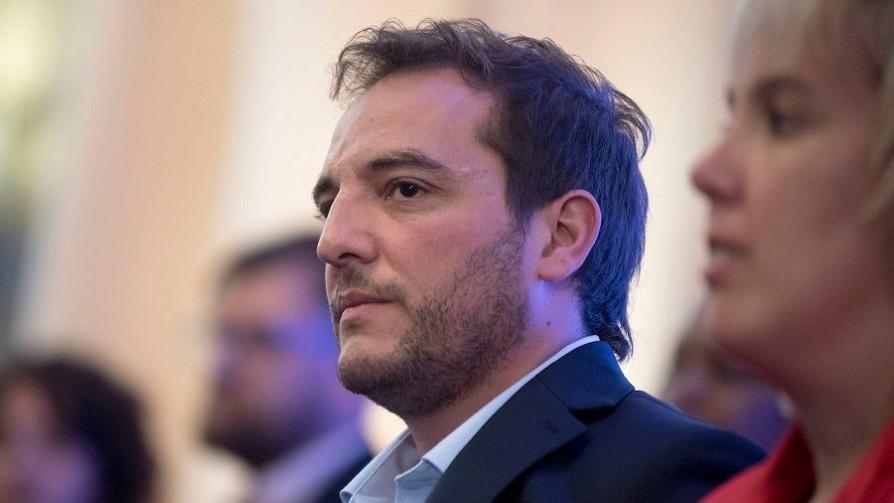 Cartelería política: Di Candia discrepa con ediles del FA por no tratar el tema - Entrevistas - No Toquen Nada | DelSol 99.5 FM