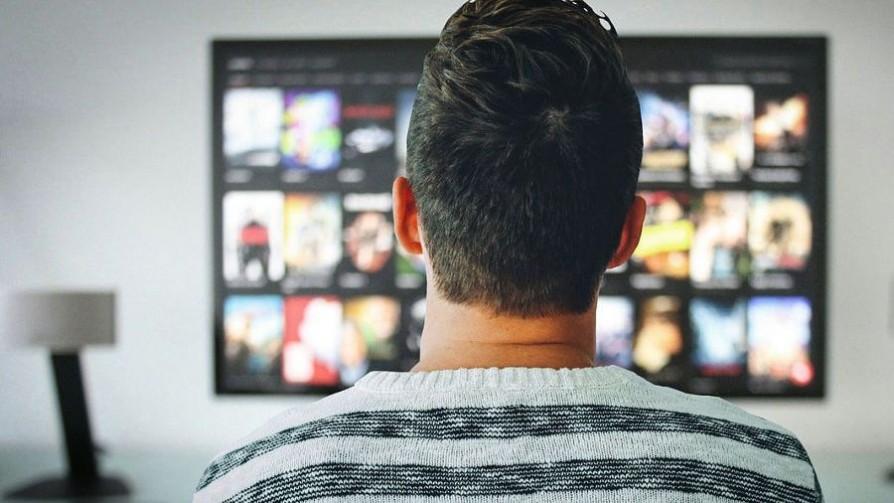¿Qué películas o series podrían ver repetidas veces sin aburrirse? - Sobremesa - La Mesa de los Galanes | DelSol 99.5 FM