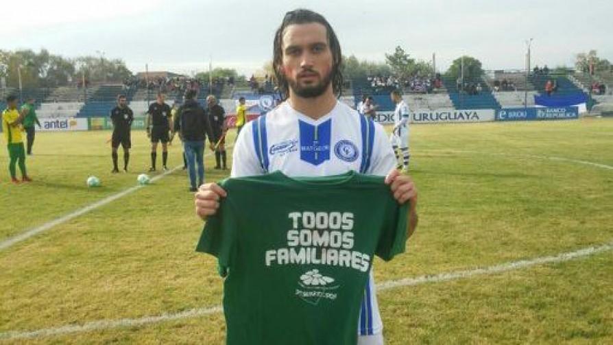 Compromiso y amor al fútbol: La historia de Bruno Téliz - Entrevistas - 13a0 | DelSol 99.5 FM