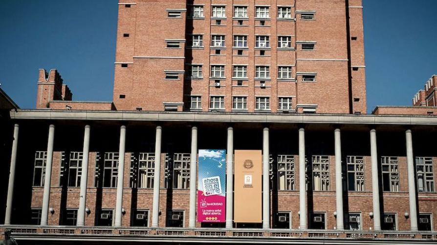 La Intendencia de Montevideo y el lenguaje inclusivo - Audios - Facil Desviarse | DelSol 99.5 FM
