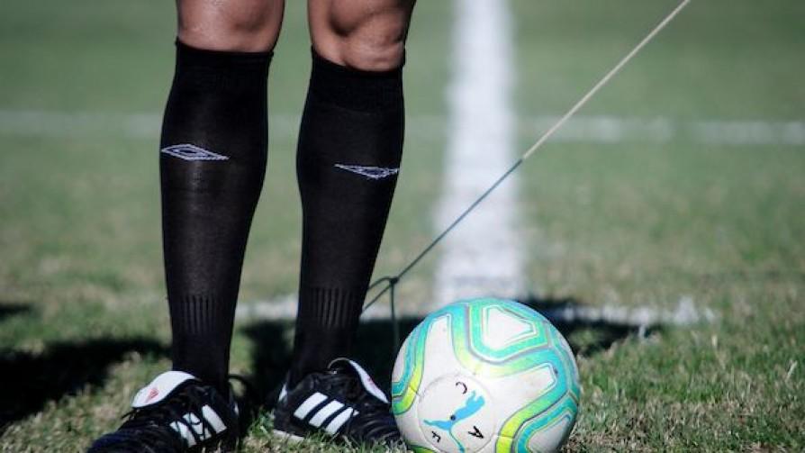 A bajar la pelota: El 80% de los clubes dan pérdida - Informes - 13a0 | DelSol 99.5 FM