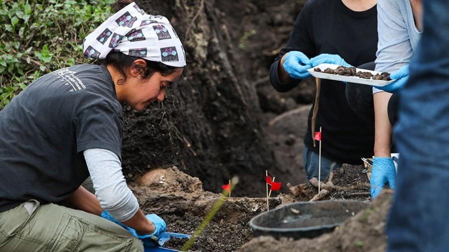 Informe sobre el hallazgo de restos óseos en el Batallón 13 - Titulares y suplentes - La Mesa de los Galanes | DelSol 99.5 FM