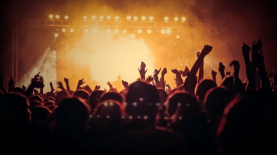 Recitales para la eternidad - Playlist  - Facil Desviarse | DelSol 99.5 FM