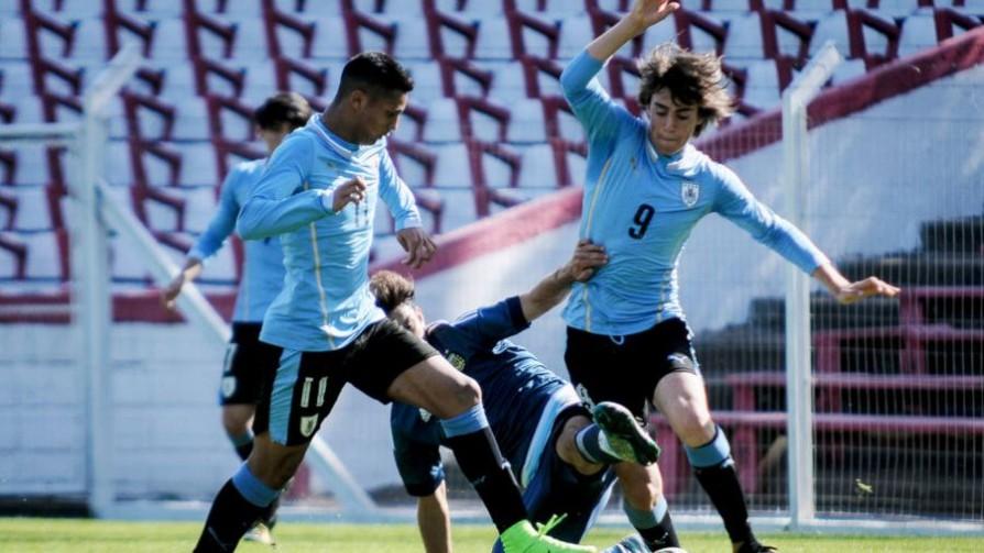 El entrenamiento invisible: hábitos alimenticios en el fútbol uruguayo - Convergencia - 13a0 | DelSol 99.5 FM