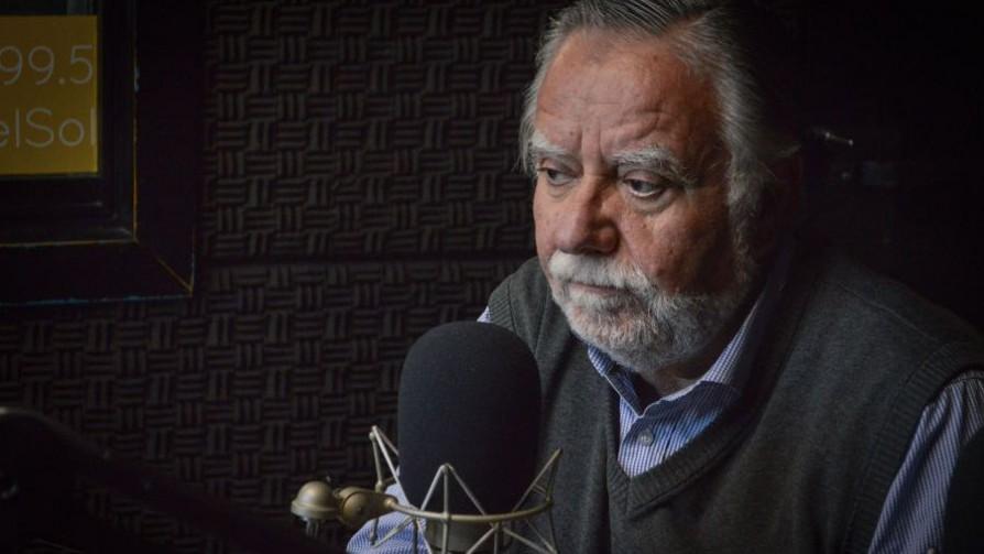 "Bayardi: ""No tengo duda que se comunicó mal"" la destitución de Menéndez - Entrevista central - Facil Desviarse | DelSol 99.5 FM"