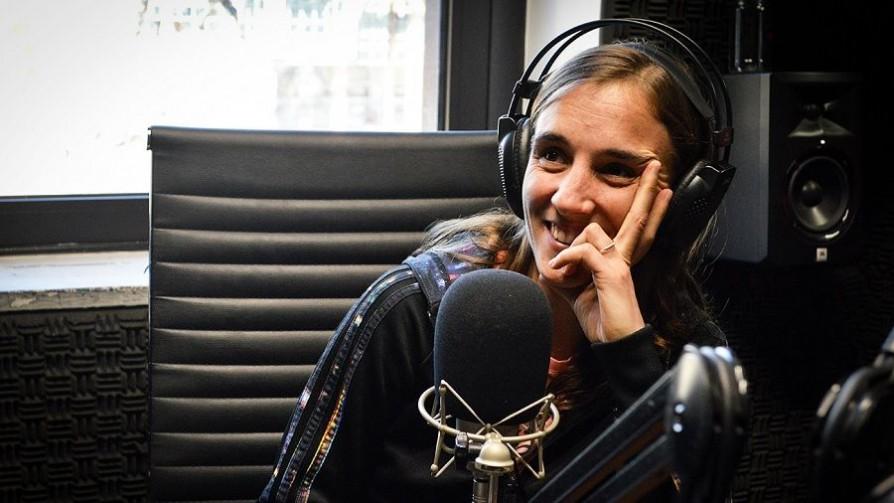El monito de plástico y el primer beso de Nadia  - Audios - No Toquen Nada | DelSol 99.5 FM