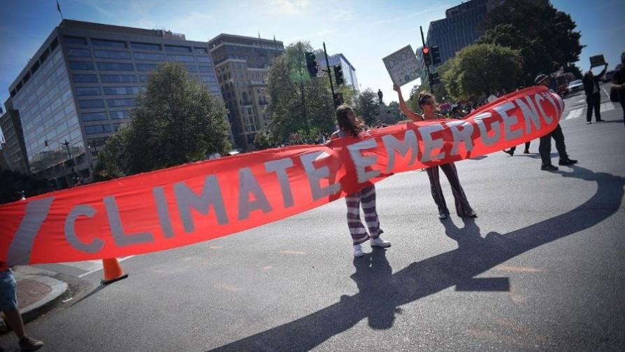 Manifestaciones previo a la cumbre sobre cambio climático en ONU - Titulares y suplentes - La Mesa de los Galanes   DelSol 99.5 FM