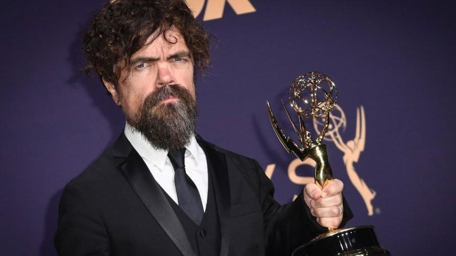 Los Emmys más chauchas de la historia - Televicio - Facil Desviarse | DelSol 99.5 FM