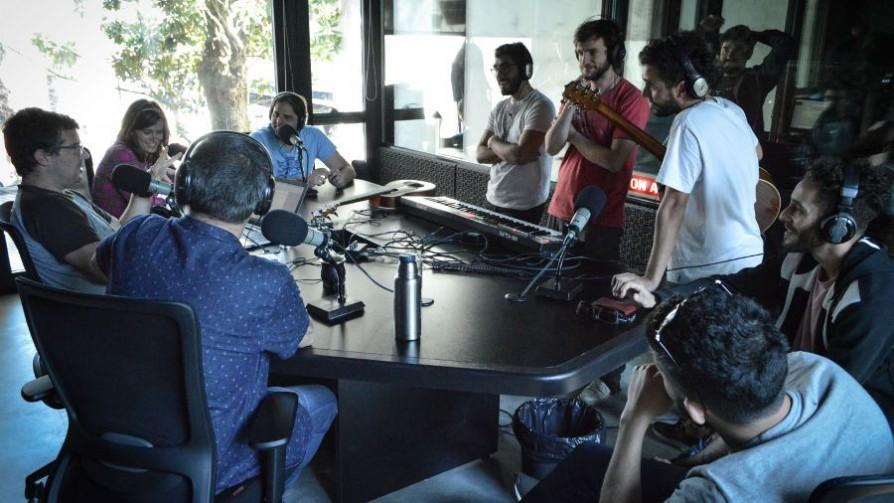 Los galanes en El Club de la Cumbia - Audios - La Mesa de los Galanes | DelSol 99.5 FM
